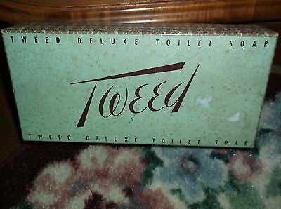Vintage Tweed Deluxe Toilet Soap Set 3