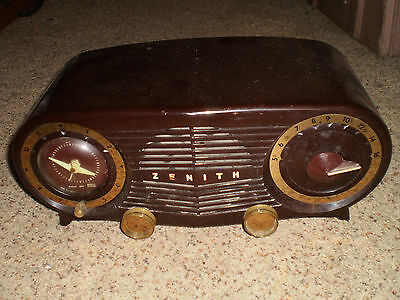 Vintage Brown Zenith Electric Tube Alarm Clock Radio R514 Am Works