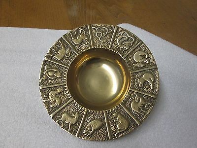 "BEAUTIFUL VINTAGE SOLID BRASS CHINESE ZODIAC/ ANIMALS DISH (7.5"" DIAMETER/ 602g)"
