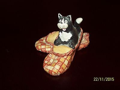 Peter Fagan Colour Box Cats - FIRESIDE COMFORT - Cat in Slippers vgc