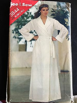 Pattern See & Sew 3844, misses' belt and bathrobe, lounge wear M-XL