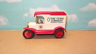 Texaco, The Nostalgic Collector Series, 1913 Model T  Ertl Co.no Box