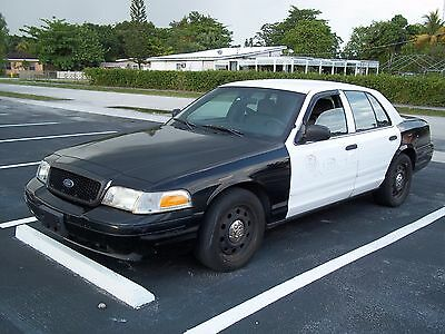 2007 Ford Crown Victoria  2007 Ford Crown Victoria,Police Interceptor,runs good,small trans. issue,VIDEO