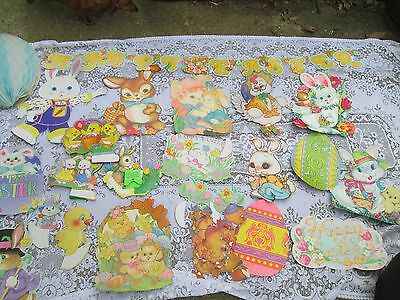 Vintage EASTER EGG & BUNNY Die Cut Out Cardboard Decoration /MADE IN USA BEISTLE