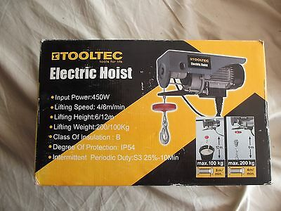 Tooltec 240V 100/200 Kg 450W Electric Scaffold / Gantry Hoist