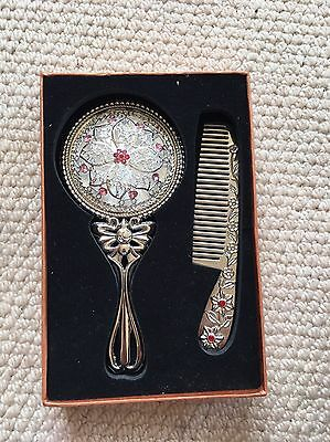 Beautiful Mirror And Comb Set