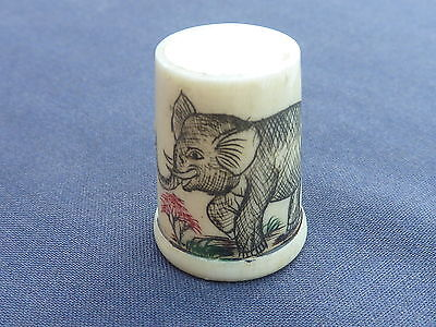 2.75cm TALL BEAUTIFUL BONE THIMBLE UNUSUAL ELEPHANT DESIGN