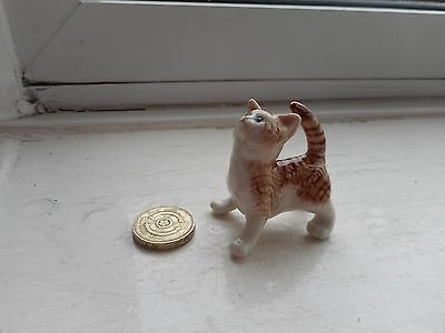 Cat - Beautiful Miniature Ceramic/pottery Ginger Tabby/white Looking Up/playful