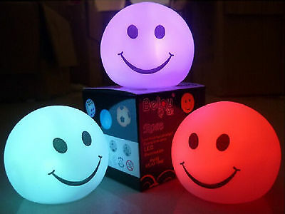 Battery Power Smiling Face Colors Change LED Night Light Lamp Party Xmas Decorat