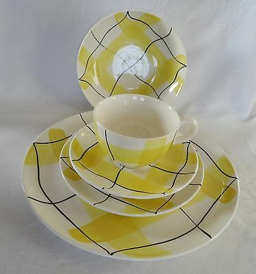HYCROFT POTTERY 5 pc Place Setting YELLOW CALICO 50's retro