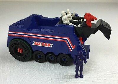 Vintage 1988 Manta Force The B.A.T. Ballistic Armored Tank and Figures Bluebird