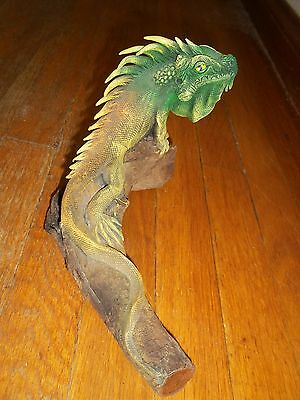 Carved Wood Statue Sculpture Iguana Lizard On Log