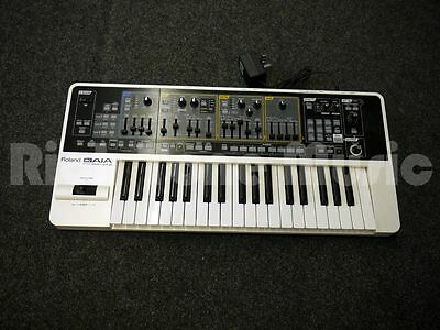 Roland GAIA SH-01 Synthesizer - 2nd Hand
