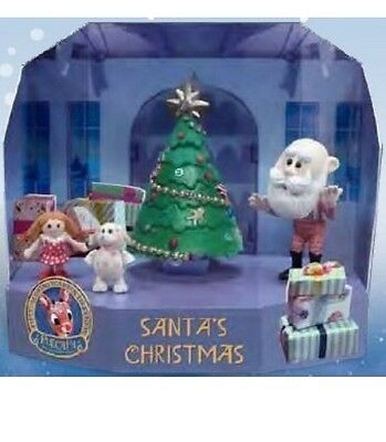 Rudolph the Red Nosed Reindeer 50th Anniversary Misfit Island Figurine Display 1