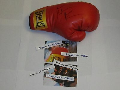 Christian Bale SIGNED Boxing Glove PROOF Academy Award THE FIGHTER  PSA/DNA Auto