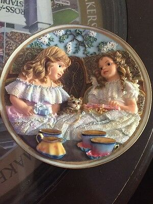 Sandra Kuck Best Friends Sculpted Heirlooms 1st issur #A4947 1996 Reco Gifts