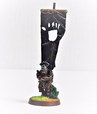 Rare Pro Painted LOTR games workshop lord of the rings Uruk hai Banner Carrier