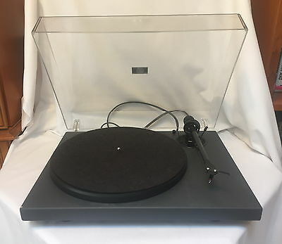 Pro-Ject 1 Xpression Turntable / Record Player Carbon Fibre Tonearm
