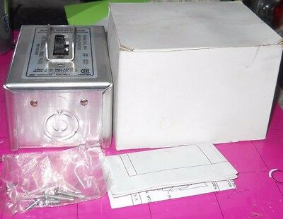 New In Box Cutler Hammer  Enclosed Manual Motor Switch B230Ag