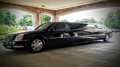 2006 Cadillac DTS  Flawless 2006 Cadillac DTS Stretch Limousine