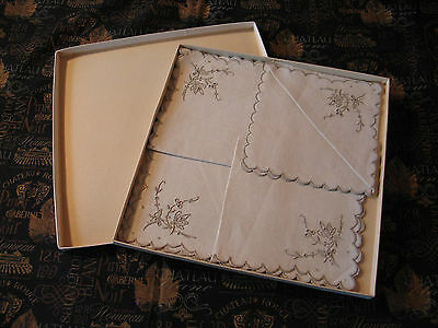 NOS Boxed Vintage Madeira Cutwork Embroidery Lace Linen Napkins-set of 4