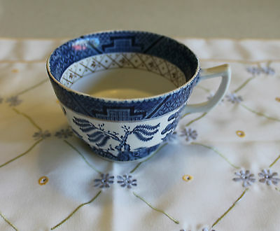 """Vintage BOOTHS """"Real Old Willow"""" A8025  Made in England Tea Cup"""