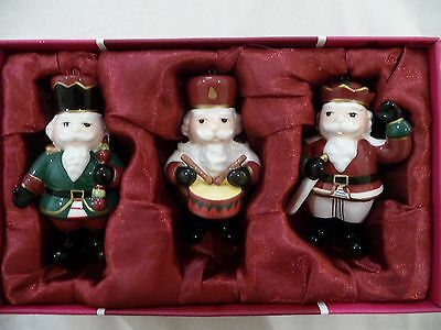 ROYAL ALBERT China Christmas Decoration in Perfect Condition