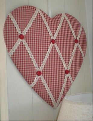 12 x Gisela Graham look  Memo Red Gingham Heart Shape Board.