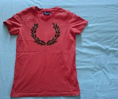 Fred Perry T Shirt Taille M slim fit