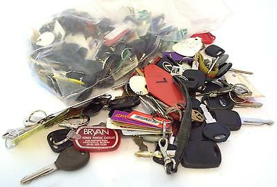 4.5lb Lot of Used Car Keys and a couple FOBs Misc