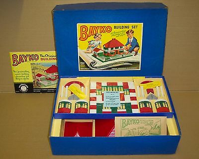 Vintage 1956 Original Bayko Building Set 3 Boxed. In Excellent Condition.