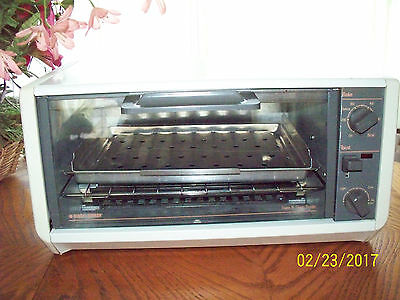 Black And Decker Spacemaker Toaster Oven-Very Nice