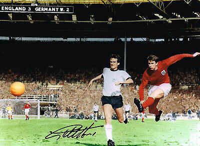 Iconic Geoff Hurst Hand Signed 1966 England World Cup Photo Autograph West Ham 2