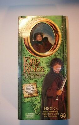 FRODO -The Lord of the Rings - Action Figure boxed