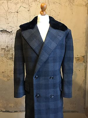Mens Vintage 1970's Wool Overcoat Fur Collar Size 42