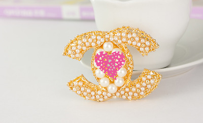 UK New women Lady Vintage lucky X white Pearl brooch Wedding Party love gifts