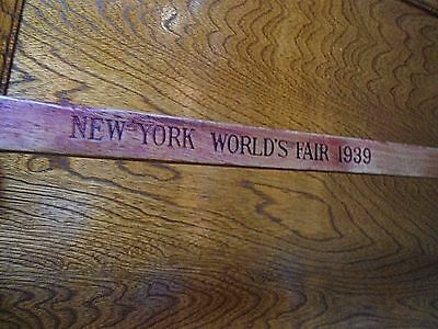 Vintage New York World's Fair 1939 Wooden Walking Cane/Stick