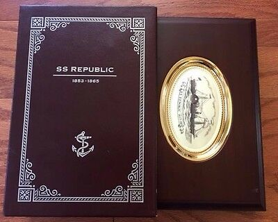 Ss Republic Deluxe Wooden Coin Display Case With Protective Outer Sleeve