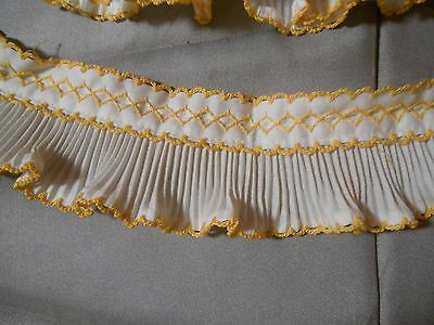 Vintage Pleated Collar and cuffs hand embroidered trim White & Yellow