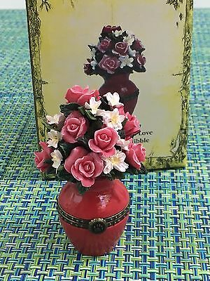 Boyds Bears Treasure Boxes JULIET'S BOUQUET OF LOVE WITH ROSEY MCNIBBLE~ROSES