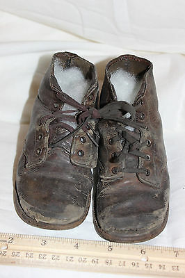 Antique Victorian Childs Boots, Brown Shoes with Character . #4