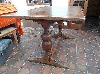 Antique Oak Dining Table seats 6