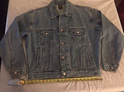 Warner Brothers Looney Tunes Embroidered Blue Jean Denim Jacket Bugs Bunny