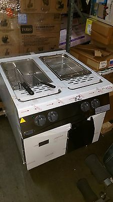 Electrolux Professional N900 pasta cooker demo with damage