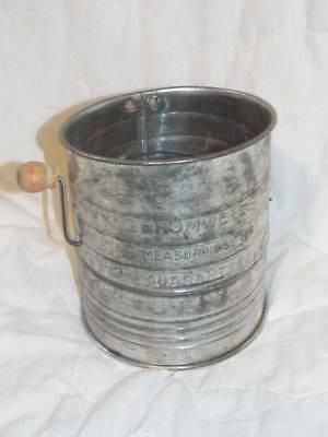 Vintage 5 CUP Bromwells Measuring Sifter