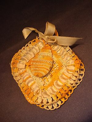Pretty Antique Hand Crocheted Needle Case Book + Thimble Holder Silk Ribbon