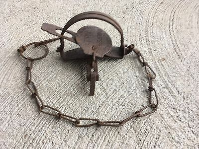 Vintage #1 Holdfast Trap / Newhouse
