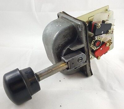 OEM Controls Spring Return Joystick Controller, MS5M5858
