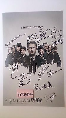 SDCC 2015 Gotham Signing Mint Condition Full Cast inluding Ben and Camren