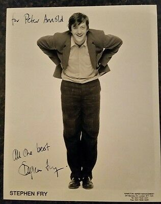 Black Adder star-Stephen Fry 10 x 8 signed photo-mint condition-real bargain!!!!